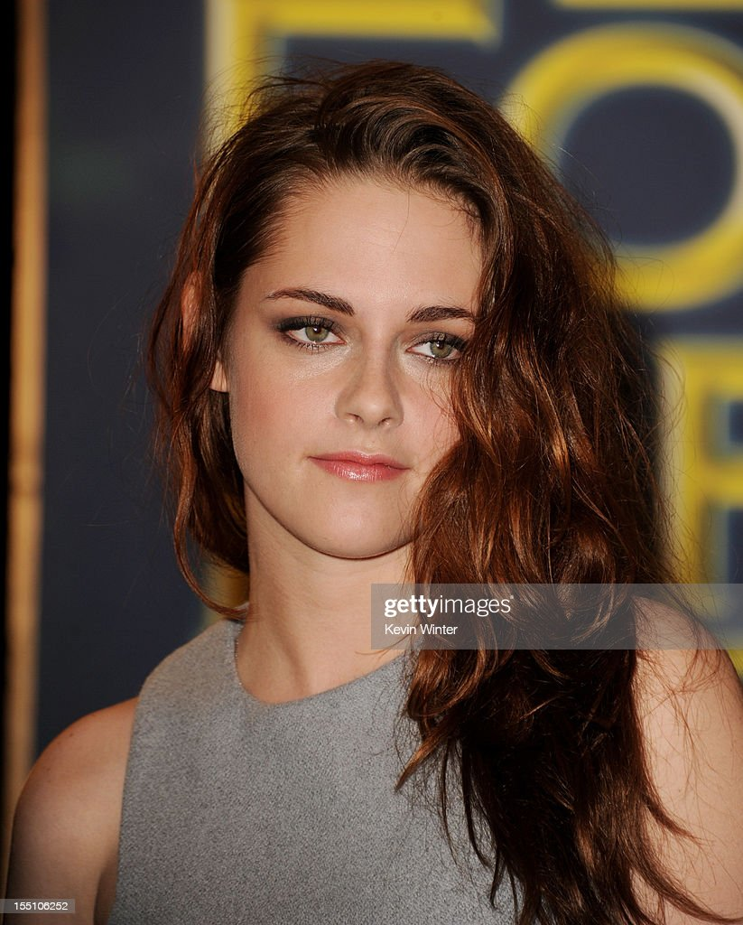 Actress Kristen Stewart poses at the Hollywood Foreign Press Association's announcement of Jodie Foster as the recipient of the Cecil B. DeMille Award at the Beverly Hills Hotel on November 1, 2012 in Beverly Hills, California.