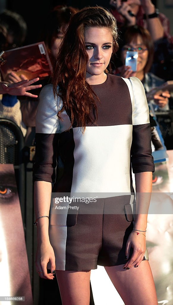 Actress <a gi-track='captionPersonalityLinkClicked' href=/galleries/search?phrase=Kristen+Stewart&family=editorial&specificpeople=2166264 ng-click='$event.stopPropagation()'>Kristen Stewart</a> poses during a photo call while promoting 'The Twilight Saga: Breaking Dawn Part 2' at Kumamo Shrine on October 24, 2012 in Tokyo, Japan. The film will open on December 28 in Japan.