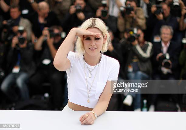 TOPSHOT US actress Kristen Stewart poses on May 11 2016 during a photocall for the film 'Cafe Society' ahead of the opening of the 69th Cannes Film...