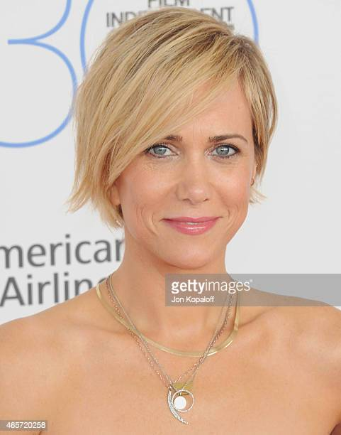 Actress Kristen Wiig arrives at the 2015 Film Independent Spirit Awards on February 21 2015 in Santa Monica California