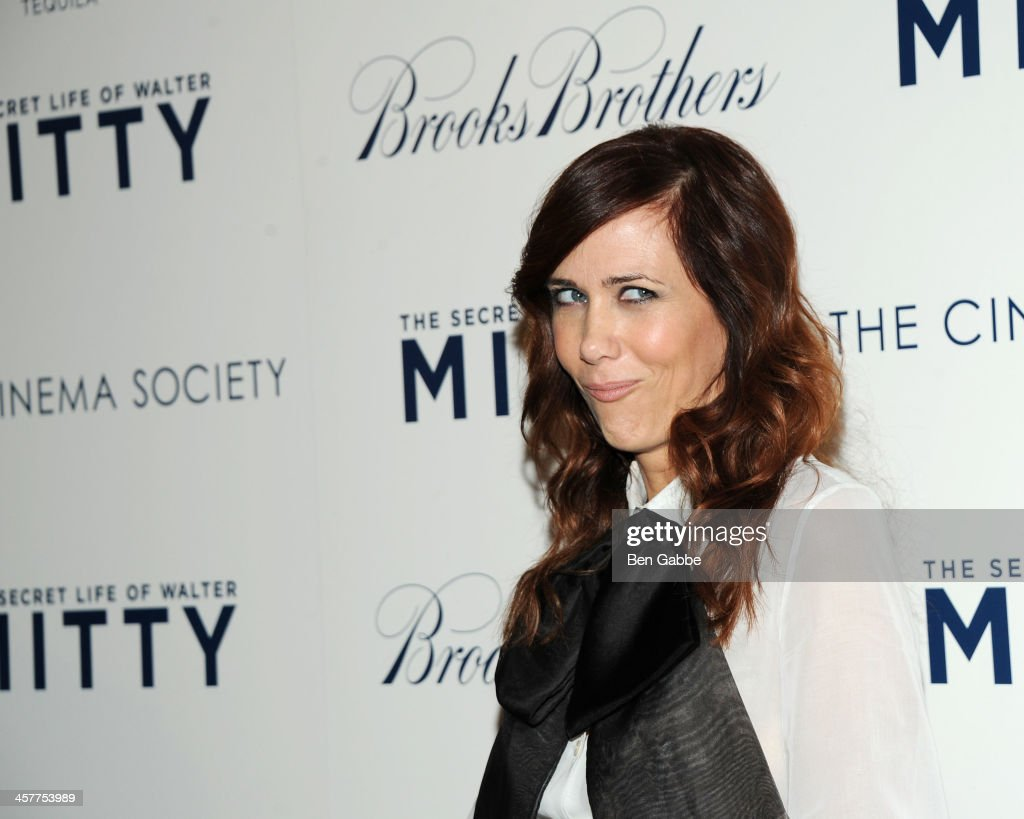 Actress <a gi-track='captionPersonalityLinkClicked' href=/galleries/search?phrase=Kristen+Wiig&family=editorial&specificpeople=4029391 ng-click='$event.stopPropagation()'>Kristen Wiig</a> attends the 20th Century Fox with The Cinema Society & Brooks Brothers screening of 'The Secret Life of Walter Mitty' at The Museum of Modern Art on December 18, 2013 in New York City.