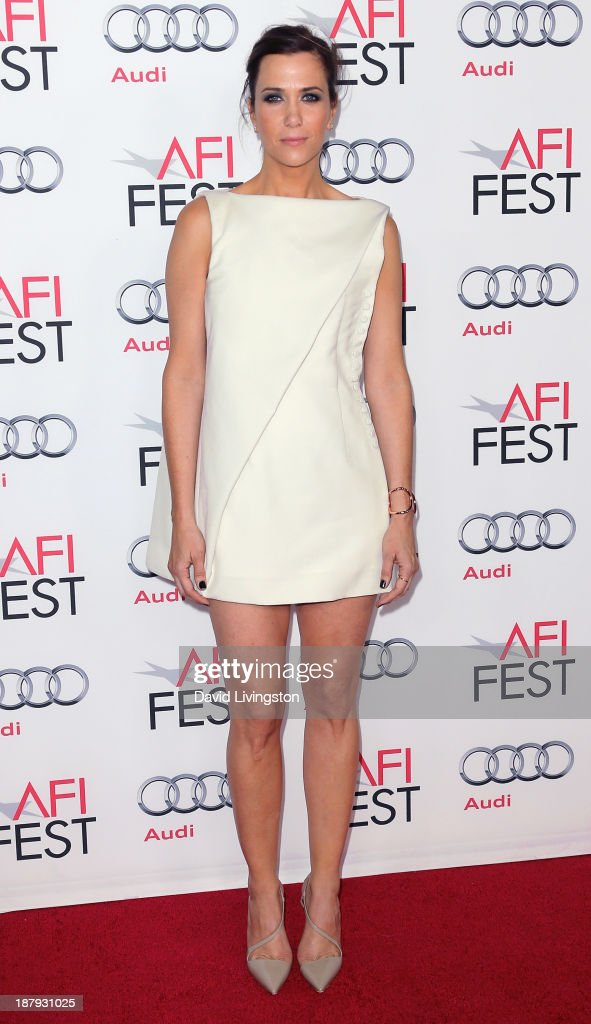 Actress <a gi-track='captionPersonalityLinkClicked' href=/galleries/search?phrase=Kristen+Wiig&family=editorial&specificpeople=4029391 ng-click='$event.stopPropagation()'>Kristen Wiig</a> attends the AFI FEST 2013 presented by Audi premiere of 'The Secret Life of Walter Mitty' at the TCL Chinese Theatre on November 13, 2013 in Hollywood, California.
