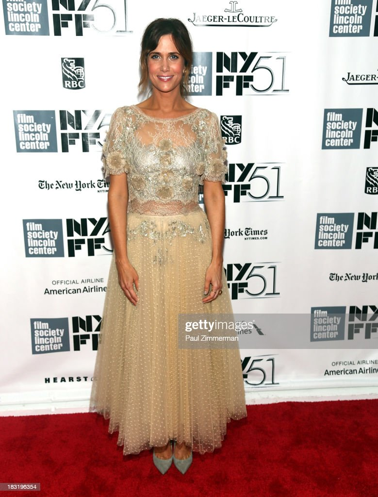 Actress <a gi-track='captionPersonalityLinkClicked' href=/galleries/search?phrase=Kristen+Wiig&family=editorial&specificpeople=4029391 ng-click='$event.stopPropagation()'>Kristen Wiig</a> attends the Centerpiece Gala Presentation Of 'The Secret Life Of Walter Mitty' premiere during the 51st New York Film Festival at Alice Tully Hall at Lincoln Center on October 5, 2013 in New York City.