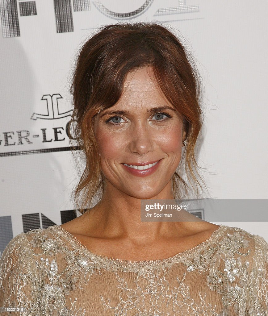 Actress <a gi-track='captionPersonalityLinkClicked' href=/galleries/search?phrase=Kristen+Wiig&family=editorial&specificpeople=4029391 ng-click='$event.stopPropagation()'>Kristen Wiig</a> attends the Centerpiece Gala Presentation Of 'The Secret Life Of Walter Mitty' during the 51st New York Film Festival at Alice Tully Hall at Lincoln Center on October 5, 2013 in New York City.