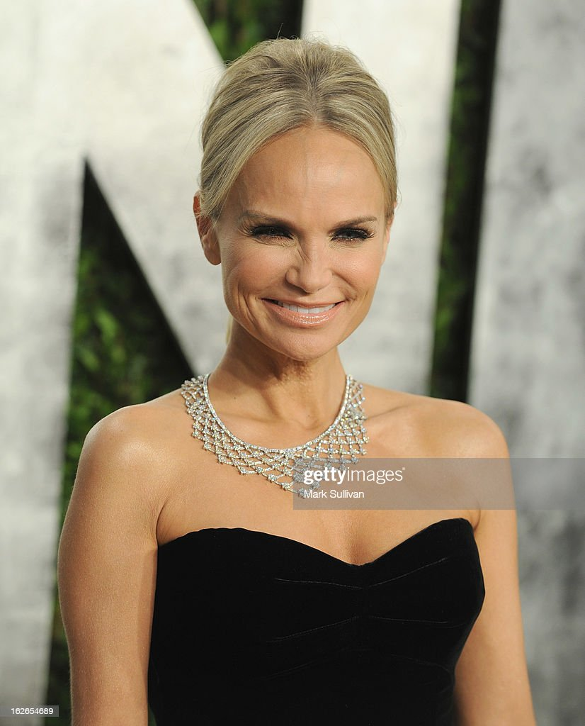 Actress Kristin Chenoweth arrives at the 2013 Vanity Fair Oscar Party at Sunset Tower on February 24, 2013 in West Hollywood, California.