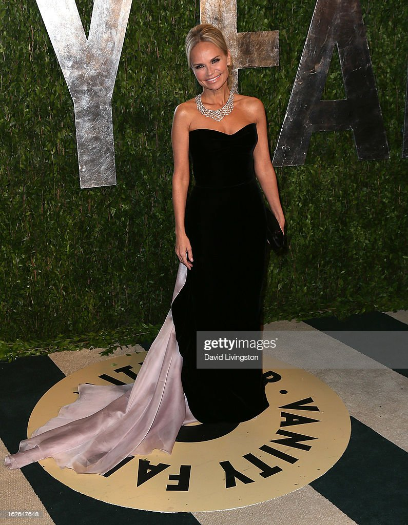 Actress Kristin Chenoweth attends the 2013 Vanity Fair Oscar Party at the Sunset Tower Hotel on February 24, 2013 in West Hollywood, California.