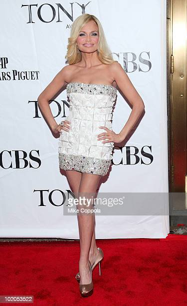 Actress Kristin Chenoweth attends the 64th Annual Tony Awards at Radio City Music Hall on June 13 2010 in New York City