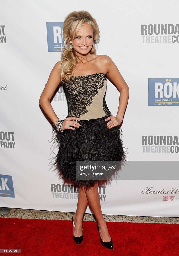 Actress <a gi-track='captionPersonalityLinkClicked' href=/galleries/search?phrase=Kristin+Chenoweth&family=editorial&specificpeople=207096 ng-click='$event.stopPropagation()'>Kristin Chenoweth</a> attends The Roundabout Theatre 2012 Spring Gala 'From Screen to Stage' dinner and auction at the Hammerstein Ballroom on March 12, 2012 in New York City.
