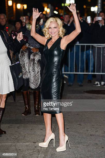Actress Kristin Chenoweth enters the 'Late Show With David Letterman' taping at the Ed Sullivan Theater on November 13 2014 in New York City
