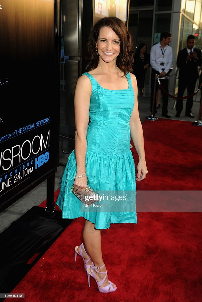 Actress Kristin Davis arrives at HBO's New Series 'Newsroom' Los Angeles Premiere at ArcLight Cinemas Cinerama Dome on June 20, 2012 in Hollywood, California.