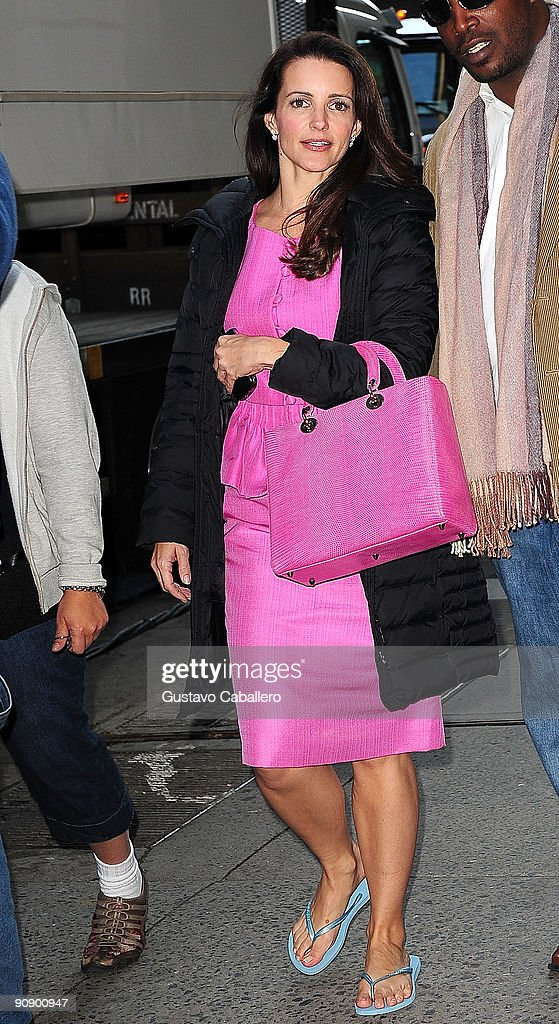 Actress Kristin Davis walks to the 'Sex And The City 2' film set at Bergdorf Goodman on September 17, 2009 in New York City.