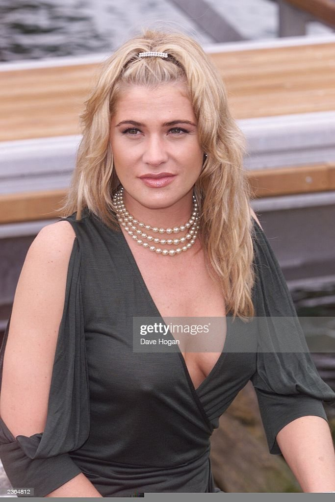kristy swanson buffy the vampire slayerkristy swanson 2016, kristy swanson, kristy swanson instagram, kristy swanson buffy the vampire slayer, kristy swanson the chase, kristy swanson photos, kristy swanson hot shots, kristy swanson young, kristy swanson imdb, kristy swanson movies