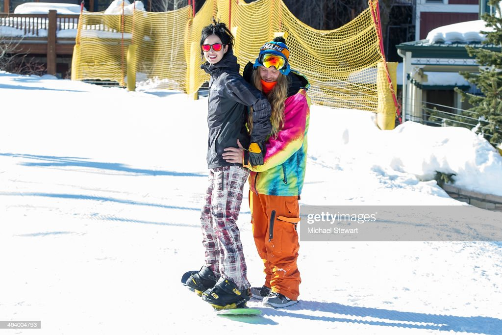 Actress <a gi-track='captionPersonalityLinkClicked' href=/galleries/search?phrase=Krysten+Ritter&family=editorial&specificpeople=655673 ng-click='$event.stopPropagation()'>Krysten Ritter</a> (L) and Professional snowboarder Dingo attend Oakley Learn To Ride With AOL At Sundance Day 3 on January 19, 2014 in Park City, Utah.