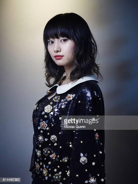 Shiori Kutsuna Nude Photos 81