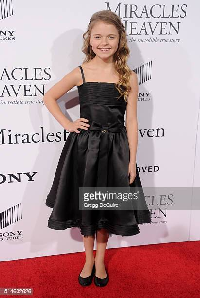 Actress Kylie Rogers arrives at the premiere of Columbia Pictures' 'Miracles From Heaven' at ArcLight Hollywood on March 9 2016 in Hollywood...