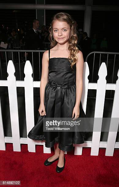 Actress Kylie Rogers attends the Premiere Of Columbia Pictures' 'Miracles From Heaven' Red Carpet at ArcLight Hollywood on March 9 2016 in Hollywood...