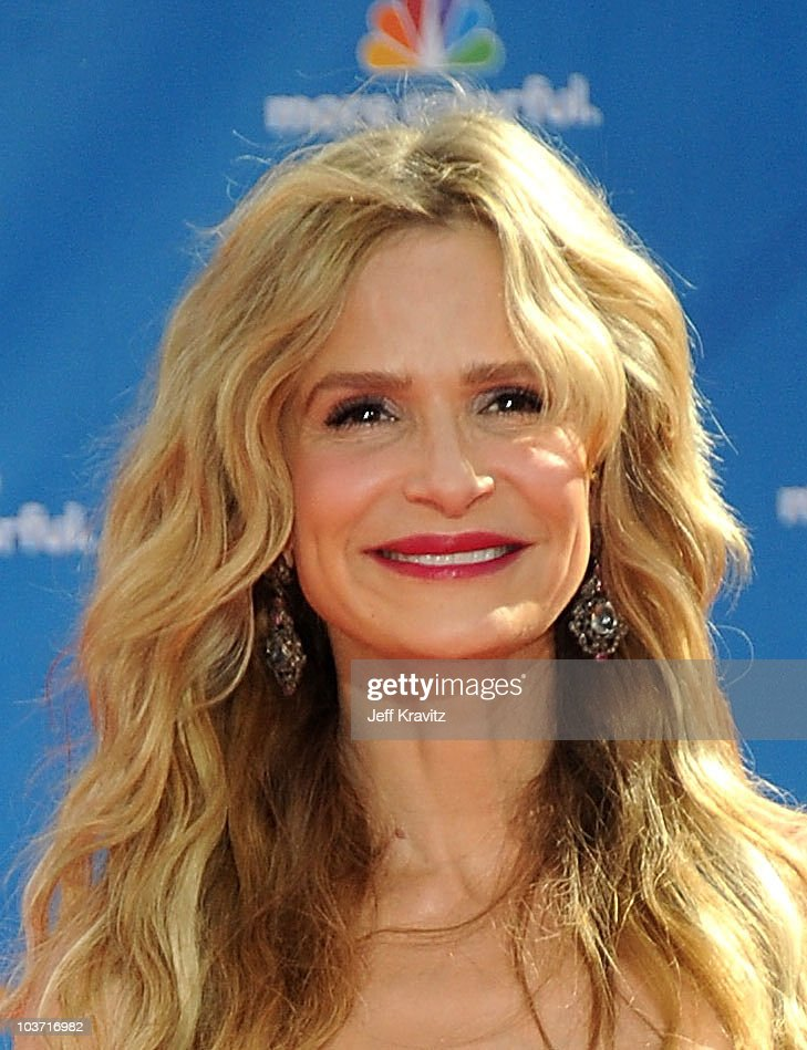 Actress Kyra Sedgwick arrives at the 62nd Annual Primetime Emmy Awards held at the Nokia Theatre L.A. Live on August 29, 2010 in Los Angeles, California.