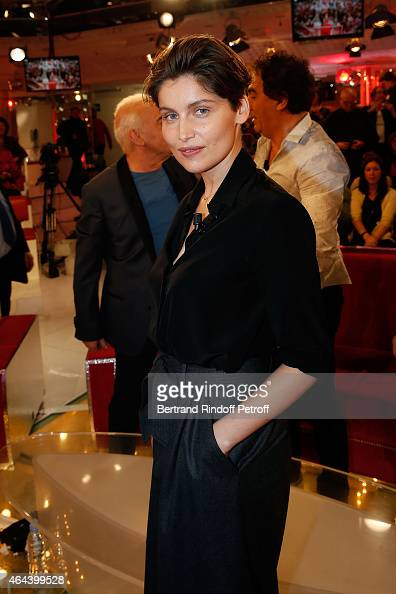 Actress Laetitia Casta with her new Hair's Cutt attends the 'Vivement Dimanche' French TV Show at Pavillon Gabriel on February 25 2015 in Paris France