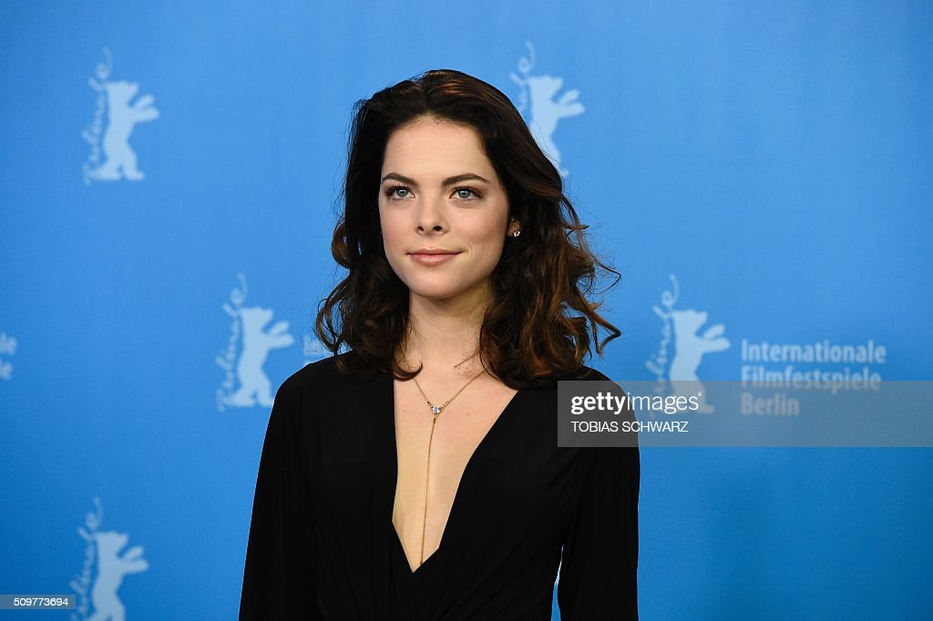 Actress Laetitia Isambert-Denis poses during a photo call of the film 'Boris sans Beatrice | Boris without Beatrice' by Canadian director Denis Cote in competition at the 66th Berlinale Film Festival in Berlin on February 12, 2016. / AFP / TOBIAS SCHWARZ