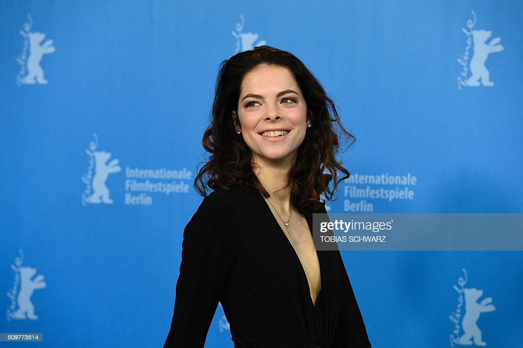 Actress Laetitia Isambert-Denis poses during the photo call of the film 'Boris sans Beatrice | Boris without Beatrice' by Canadian director Denis Cote in competition at the 66th Berlinale Film Festival in Berlin on February 12, 2016. / AFP / TOBIAS SCHWARZ