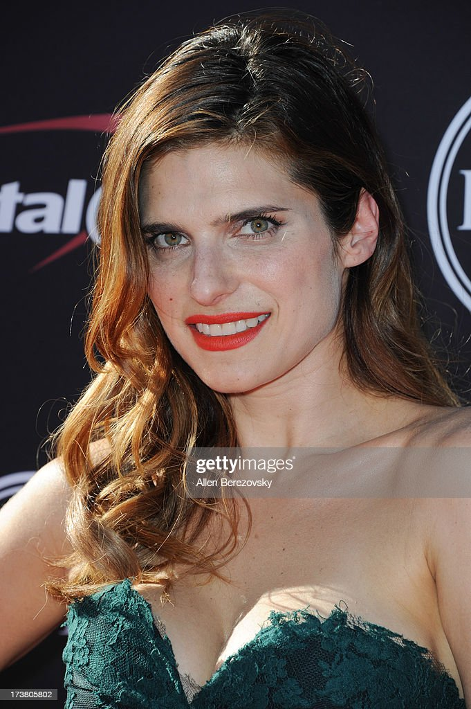 Actress Lake Bell arrives at the 2013 ESPY Awards at Nokia Theatre L.A. Live on July 17, 2013 in Los Angeles, California.