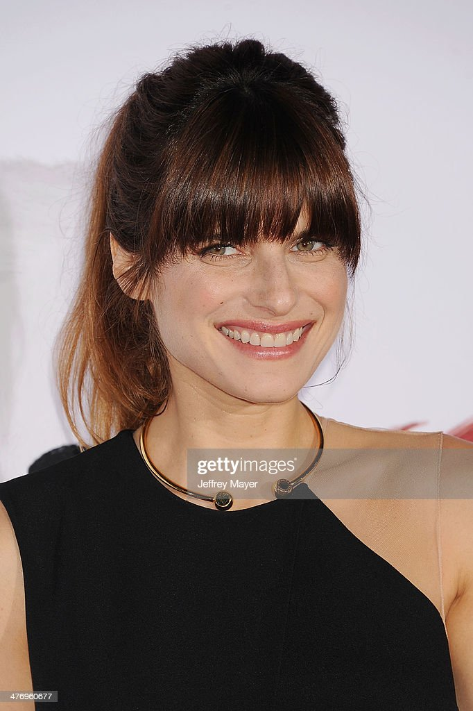 Actress <a gi-track='captionPersonalityLinkClicked' href=/galleries/search?phrase=Lake+Bell&family=editorial&specificpeople=209336 ng-click='$event.stopPropagation()'>Lake Bell</a> arrives at the 'Mr. Peabody & Sherman' Los Angeles premiere held at the Regency Village Theatre on March 5, 2014 in Westwood, California.