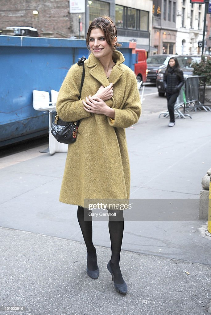 Actress <a gi-track='captionPersonalityLinkClicked' href=/galleries/search?phrase=Lake+Bell&family=editorial&specificpeople=209336 ng-click='$event.stopPropagation()'>Lake Bell</a> attends Marchesa during Fall 2013 Mercedes-Benz Fashion Week at New York Public Library - Celeste Bartos on February 13, 2013 in New York City.