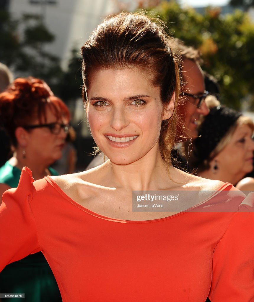 Actress <a gi-track='captionPersonalityLinkClicked' href=/galleries/search?phrase=Lake+Bell&family=editorial&specificpeople=209336 ng-click='$event.stopPropagation()'>Lake Bell</a> attends the 2013 Creative Arts Emmy Awards at Nokia Theatre L.A. Live on September 15, 2013 in Los Angeles, California.