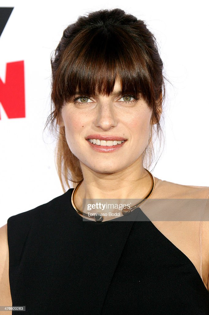 Actress <a gi-track='captionPersonalityLinkClicked' href=/galleries/search?phrase=Lake+Bell&family=editorial&specificpeople=209336 ng-click='$event.stopPropagation()'>Lake Bell</a> attends the 'Mr. Peabody & Sherman' Los Angeles premiere held at the Regency Village Theatre on March 5, 2014 in Westwood, California.