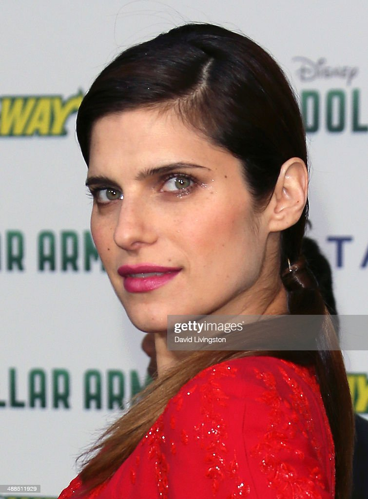 Actress <a gi-track='captionPersonalityLinkClicked' href=/galleries/search?phrase=Lake+Bell&family=editorial&specificpeople=209336 ng-click='$event.stopPropagation()'>Lake Bell</a> attends the premiere of Disney's 'Million Dollar Arm' at the El Capitan Theatre on May 6, 2014 in Hollywood, California.