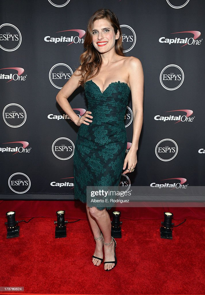 Actress <a gi-track='captionPersonalityLinkClicked' href=/galleries/search?phrase=Lake+Bell&family=editorial&specificpeople=209336 ng-click='$event.stopPropagation()'>Lake Bell</a> poses backstage at The 2013 ESPY Awards at Nokia Theatre L.A. Live on July 17, 2013 in Los Angeles, California.