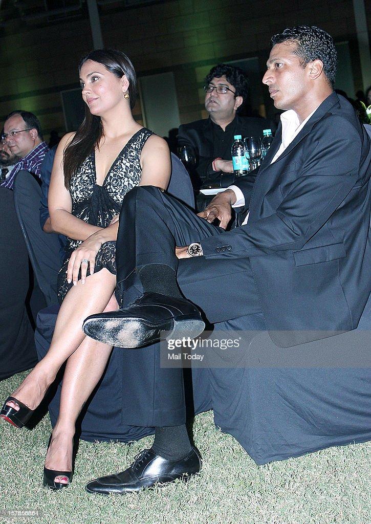 Actress Lara Dutta with husband tennis player Mahesh Bhupathi at Evoke 2012 on 6th December 2012.