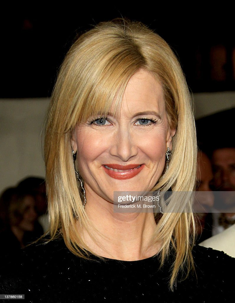 Actress Laura Dern arrives at the 64th Annual Directors Guild Of America Awards held at the Grand Ballroom at Hollywood & Highland on January 28, 2012 in Hollywood, California.