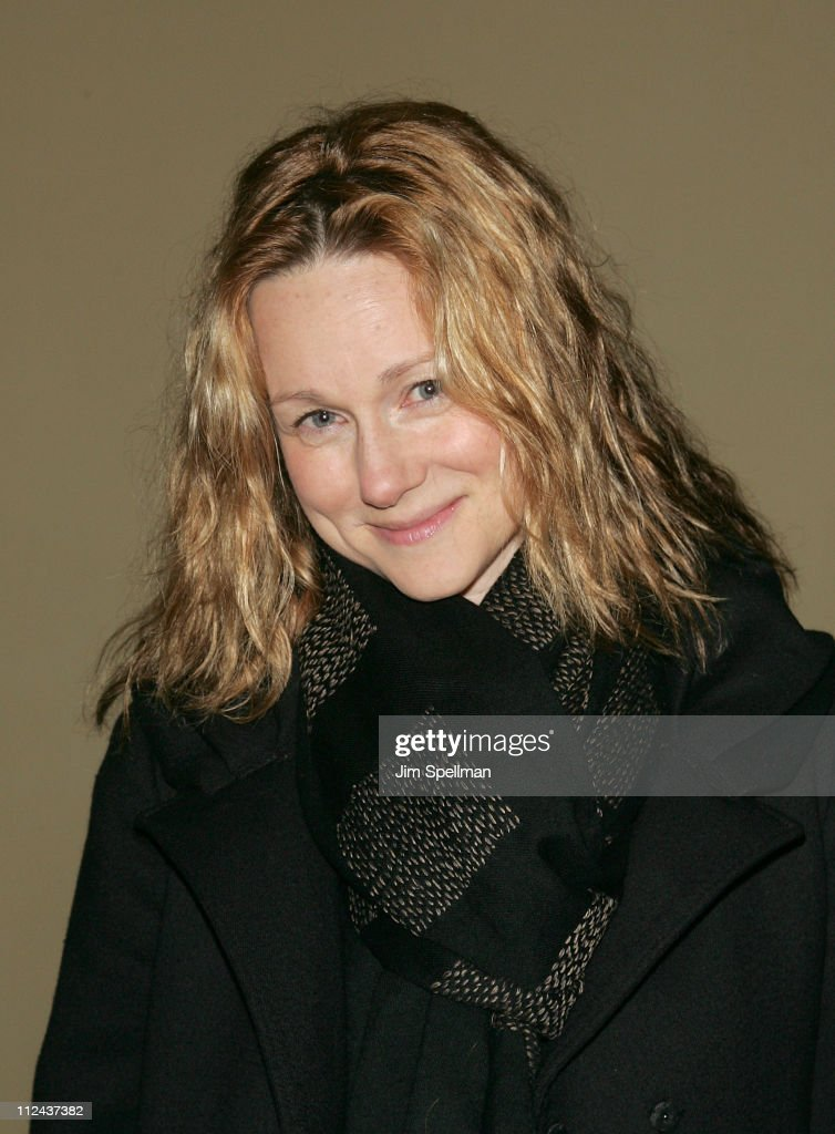 Actress <a gi-track='captionPersonalityLinkClicked' href=/galleries/search?phrase=Laura+Linney&family=editorial&specificpeople=171603 ng-click='$event.stopPropagation()'>Laura Linney</a> arrives at the 4th Annual Stella by Starlight Gala Benefit Honoring <a gi-track='captionPersonalityLinkClicked' href=/galleries/search?phrase=Martin+Sheen&family=editorial&specificpeople=203224 ng-click='$event.stopPropagation()'>Martin Sheen</a> at Chipriani 23rd st on March 17, 2008 in New York City.