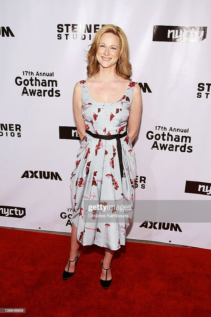 Actress <a gi-track='captionPersonalityLinkClicked' href=/galleries/search?phrase=Laura+Linney&family=editorial&specificpeople=171603 ng-click='$event.stopPropagation()'>Laura Linney</a> attends the 17th Annual Gotham Awards presented by IFP at Steiner Studios on November 27, 2007 in Brooklyn, NY.