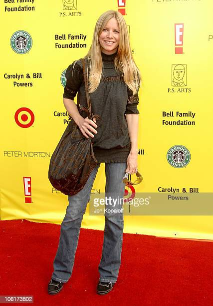 Actress Lauralee Bell arrives at the PS Arts 10th Annual Express Yourself Gala at Barker Hanger on November 4 2007 in Santa Monica California