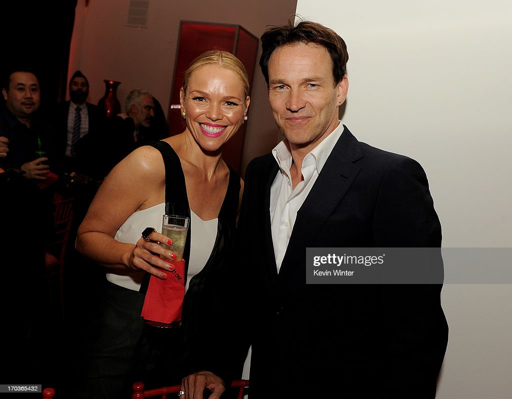 Actress Lauren Bowles (L) and <a gi-track='captionPersonalityLinkClicked' href=/galleries/search?phrase=Stephen+Moyer&family=editorial&specificpeople=4323688 ng-click='$event.stopPropagation()'>Stephen Moyer</a> pose at the after party for the premiere of HBO's 'True Blood' at the Social Club on June 11, 2013 in Los Angeles, California.