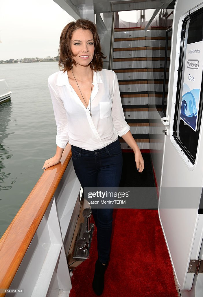 Actress <a gi-track='captionPersonalityLinkClicked' href=/galleries/search?phrase=Lauren+Cohan&family=editorial&specificpeople=4421688 ng-click='$event.stopPropagation()'>Lauren Cohan</a> attends the Nintendo Oasis on the TV Guide Magazine Yacht at Comic-Con day 3 on July 20, 2013 in San Diego, California.
