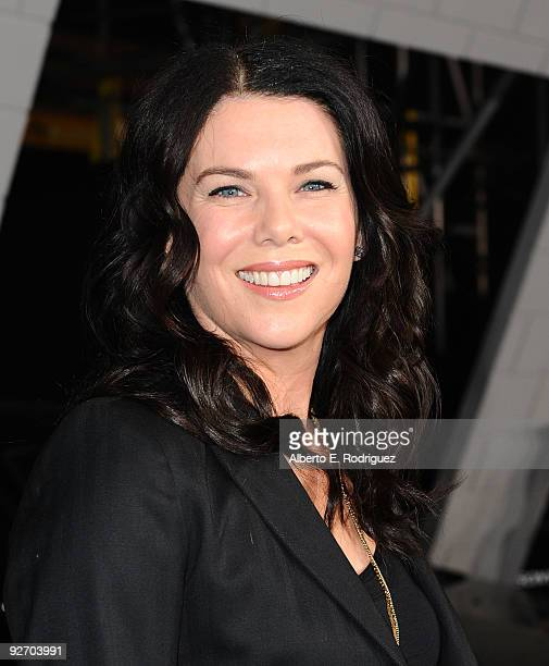 Actress Lauren Graham arrives at the premiere of Columbia Pictures' '2012' at the Regal Cinemas LA live on November 3 2009 in Los Angeles California
