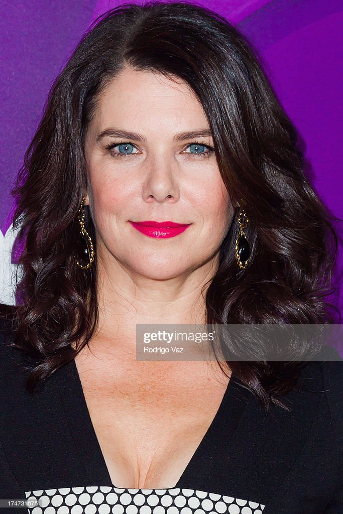 Actress <a gi-track='captionPersonalityLinkClicked' href=/galleries/search?phrase=Lauren+Graham&family=editorial&specificpeople=206505 ng-click='$event.stopPropagation()'>Lauren Graham</a> attends the 2013 Television Critic Association's Summer Press Tour - NBC Party at The Beverly Hilton Hotel on July 27, 2013 in Beverly Hills, California.