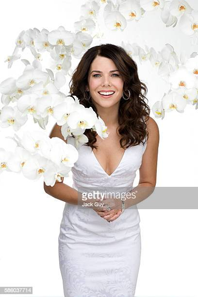 Actress Lauren Graham is photographed for Capitol File Magazine in 2007 in Los Angeles California