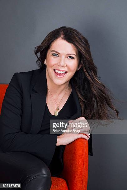 Actress Lauren Graham is photographed for Los Angeles Times on November 15 2016 in Los Angeles California PUBLISHED IMAGE CREDIT MUST READ Brian...