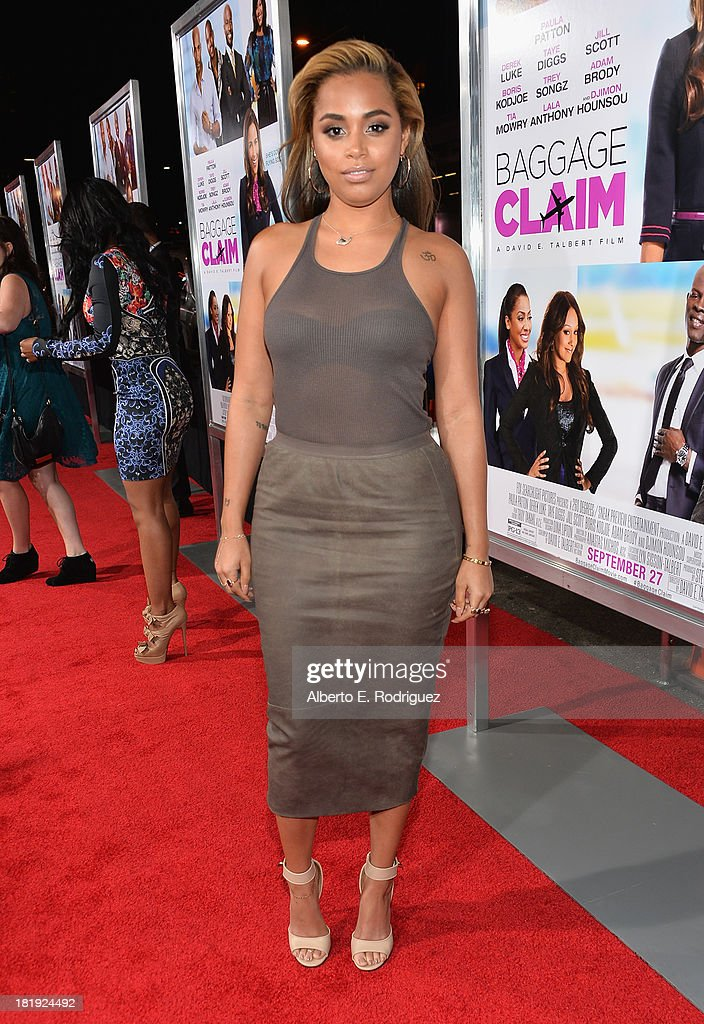 Actress <a gi-track='captionPersonalityLinkClicked' href=/galleries/search?phrase=Lauren+London&family=editorial&specificpeople=629462 ng-click='$event.stopPropagation()'>Lauren London</a> attends the premiere of Fox Searchlight Pictures' 'Baggage Claim' at Regal Cinemas L.A. Live on September 25, 2013 in Los Angeles, California.