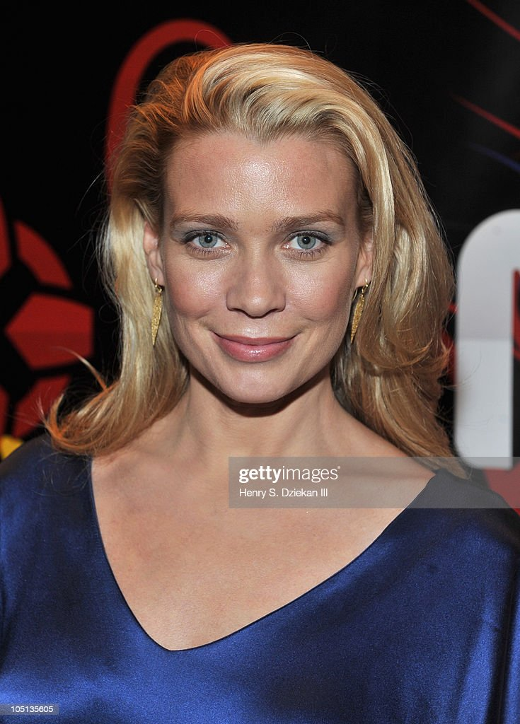Actress Laurie Holden attends the 2010 New York Comic Con at the Jacob Javitz Center on October 10, 2010 in New York City.