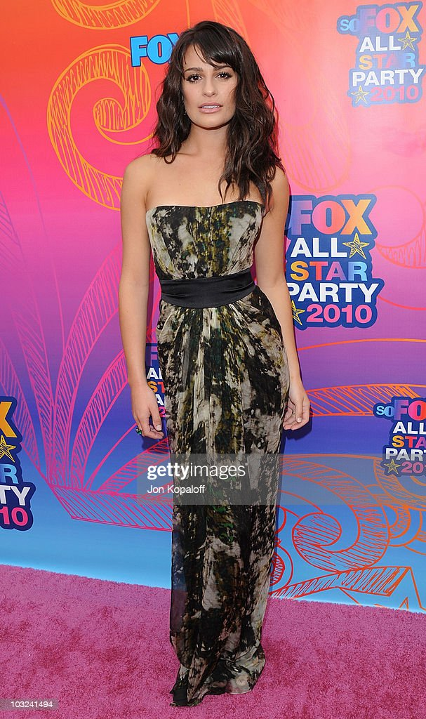 Actress <a gi-track='captionPersonalityLinkClicked' href=/galleries/search?phrase=Lea+Michele&family=editorial&specificpeople=566514 ng-click='$event.stopPropagation()'>Lea Michele</a> arrives at the Fox All-Star Party at Pacific Park at the Santa Monica Pier on August 2, 2010 in Santa Monica, California.