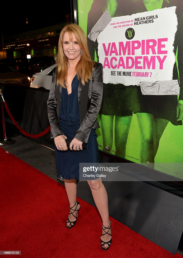Actress <a gi-track='captionPersonalityLinkClicked' href=/galleries/search?phrase=Lea+Thompson&family=editorial&specificpeople=210564 ng-click='$event.stopPropagation()'>Lea Thompson</a> arrives at The Weinstein Company's premiere of 'Vampire Academy' at Regal 14 at L.A. Live Downtown on February 4, 2014 in Los Angeles, California.