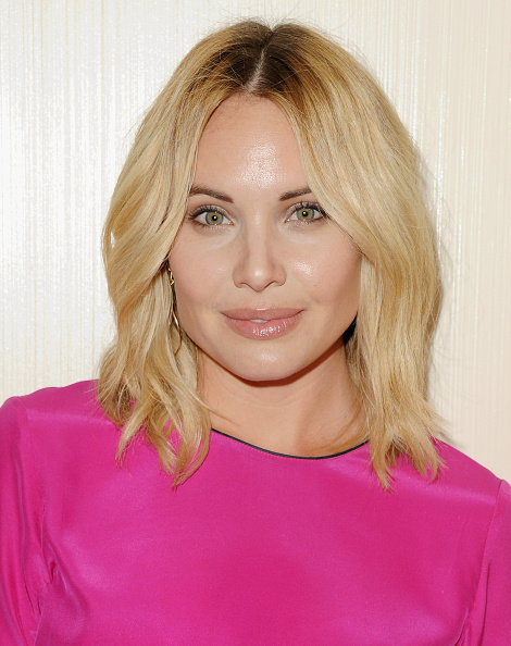 Leah Pipes Nude Photos 28