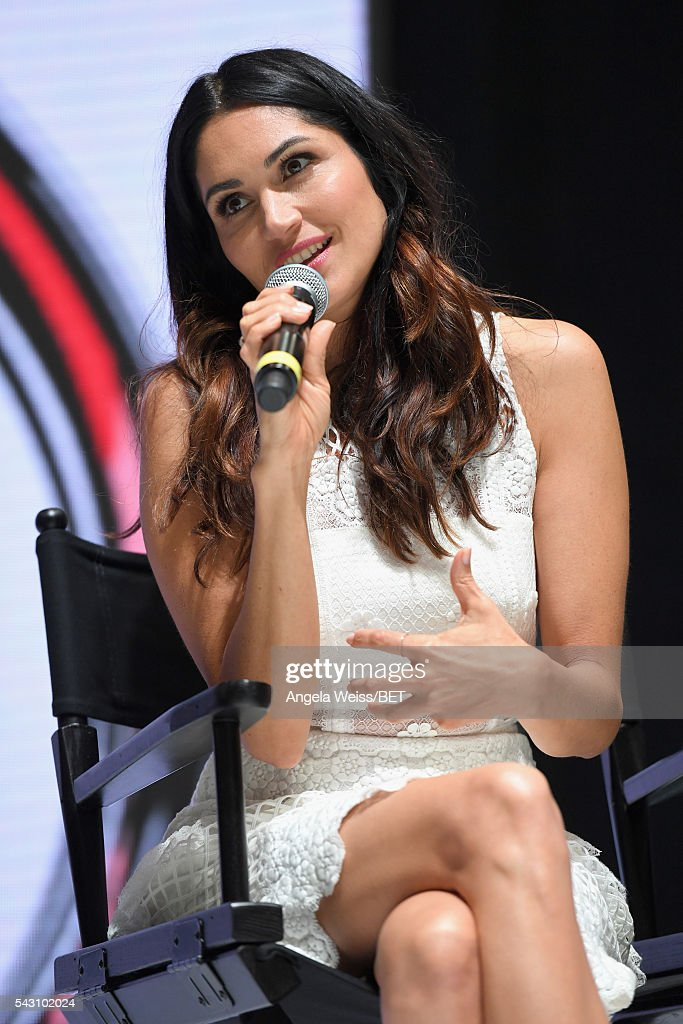 Actress <a gi-track='captionPersonalityLinkClicked' href=/galleries/search?phrase=Lela+Loren&family=editorial&specificpeople=4697443 ng-click='$event.stopPropagation()'>Lela Loren</a> attends the Fashion & Beauty TOAST TO SUCCESS PANEL & Meet and Greet presented by Korbel during the 2016 BET Experience on June 25, 2016 in Los Angeles, California.