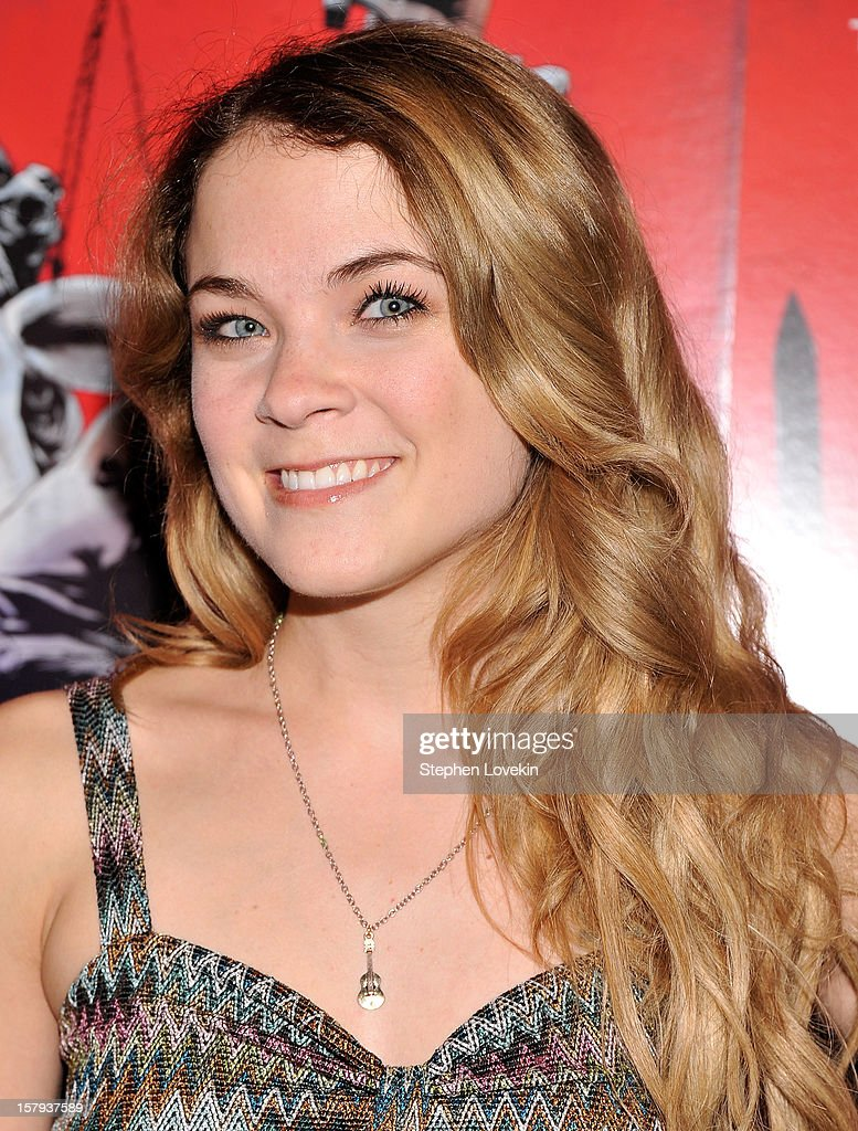 Actress Lenay Dunn attends the New York premiere of 'West Of Memphis' at Florence Gould Hall on December 7, 2012 in New York City.