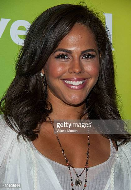 Lenora Crichlow Nude Photos 32